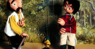 Le spectacle de marionnettes Pierre et le loup en arbre de Noël (78)