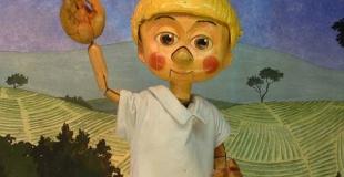 Pinocchio et Pierre et le Loup joués en arbres de Noël (93)